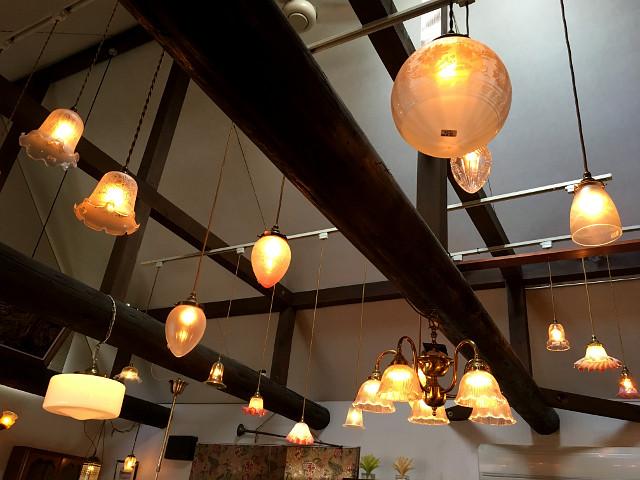 愛知県 春日井市 チューダーローズ 雑貨 ヴィンテージ 照明 シェード アンティーク家具 アンティーク セール