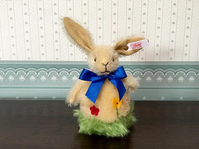 『シュタイフ社』 Easter Rabbit 「Rolly Polly Bunny」(限定品) 愛知県 春日井市 高蔵寺 チューダーローズ 雑貨 照明 雑貨屋 インテリア 家具屋 名古屋