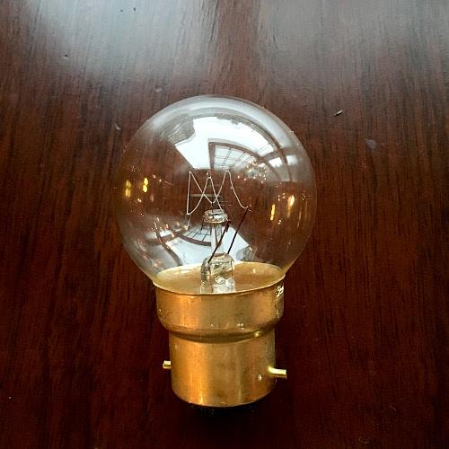 照明(灯具)UK電球