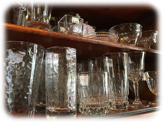 グラス チューダーローズ 愛知県 春日井市 アンティーク家具 輸入 イギリス 雑貨 インテリア プレゼント