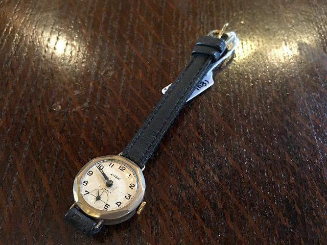 アンティーク腕時計 『SMITHS社』 8W-17