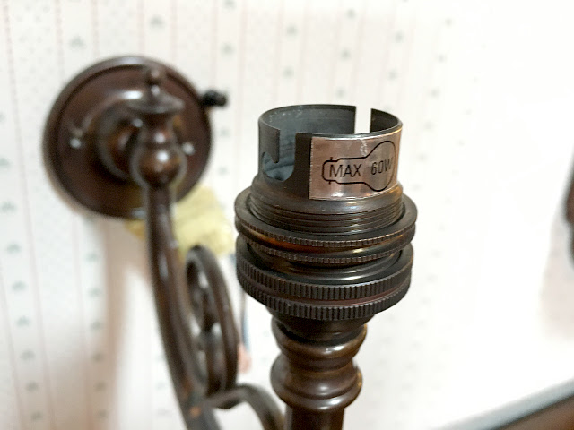 『CHRISTOPHER WRAY』 真鍮製 ブロンズ色 ウォールブラケット 10512