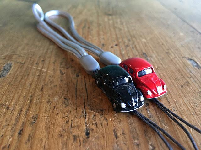 『MODEL PLANNING』 MINI CARS ストラップ OLD ビートル A1745